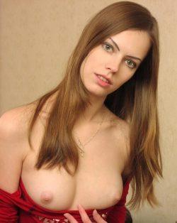 Худенькая, ухоженная студентка! Натуральная блондинка! Ищу мужчину для секса в Самаре.